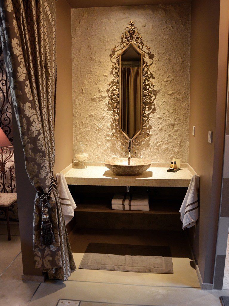 Baroque Suite Loire Valley Luxury B Amp B Les Loges Saint Eloi